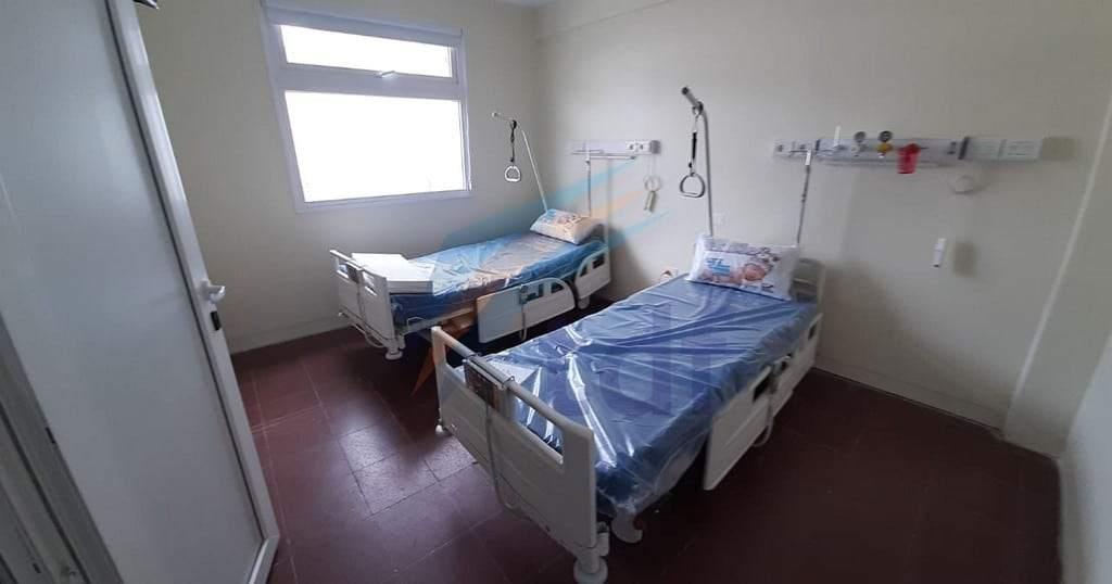 Construyen una nueva área de 18 camas para aislar pacientes en el HRRG