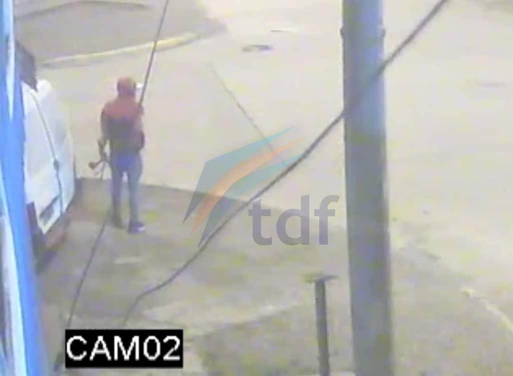 Un joven fue filmado en pleno robo y le allanaron