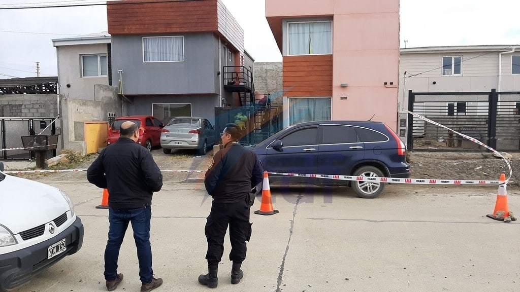 Un hombre murió de un disparo a la cabeza e investigan si fue un suicidio