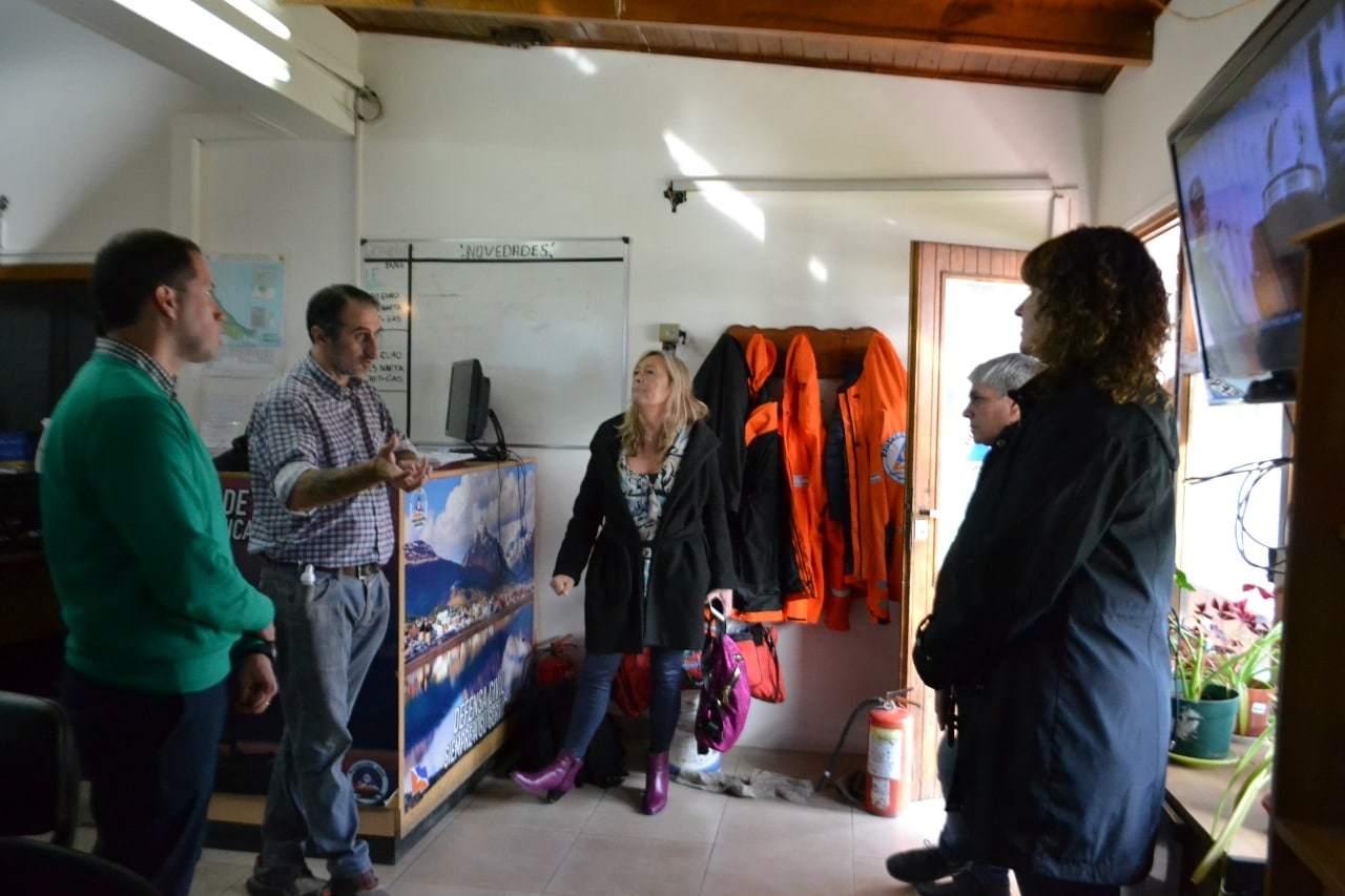 La vicegobernadora Urquiza visitó las instalaciones de la línea 107 en Ushuaia