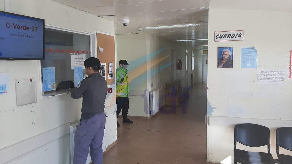 Sacaron custodia policial de la guardia hospitalaria por prevención sanitaria