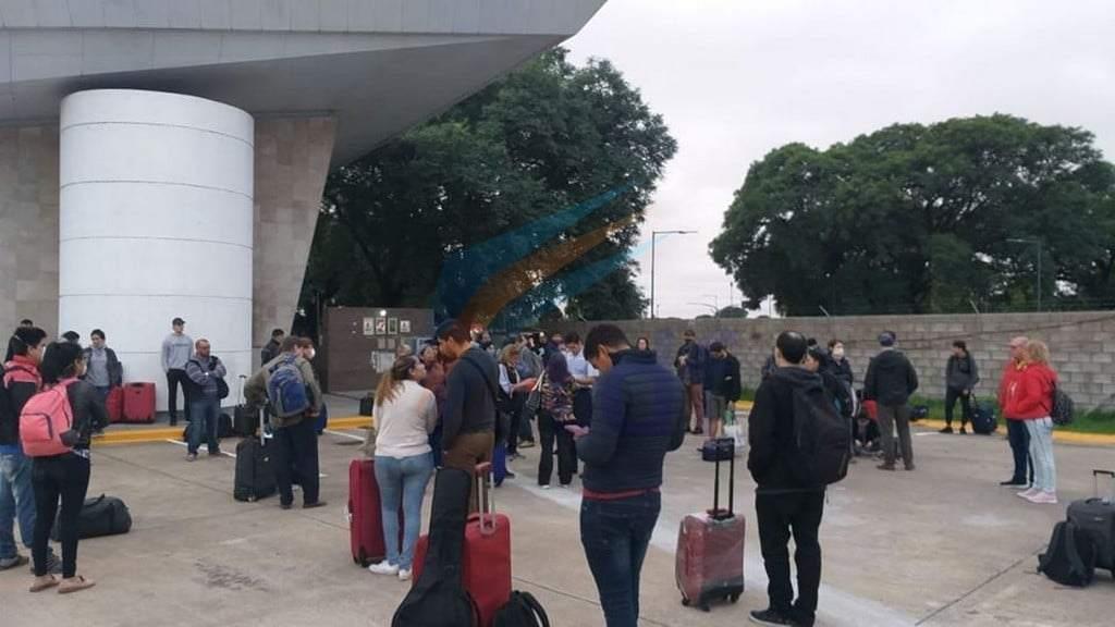 """Un total de 1600 fueguinos fueron """"repatriados"""" en vuelos y colectivos sin un solo contagio"""