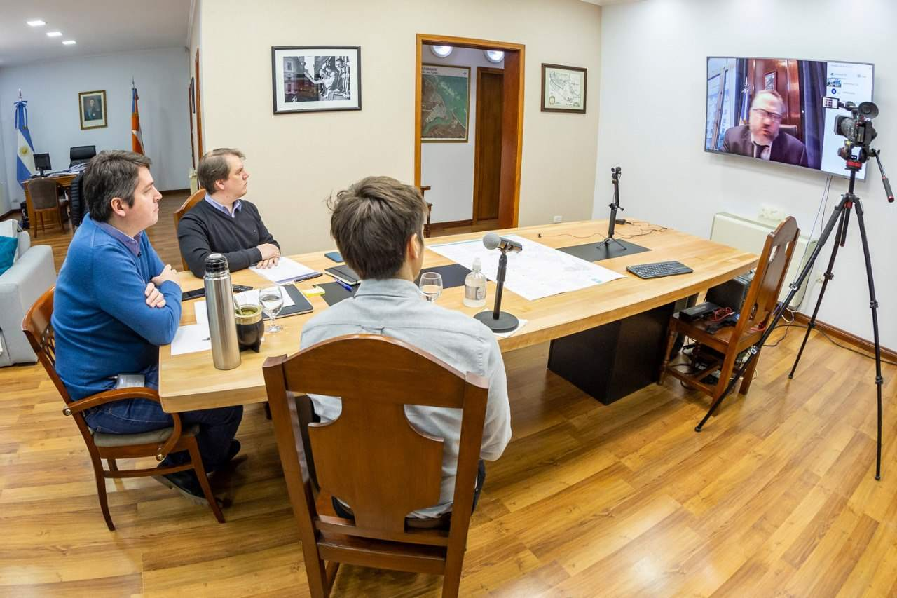 El intendente Martín Perez mantuvo una reunión con el ministro Matías Kulfas