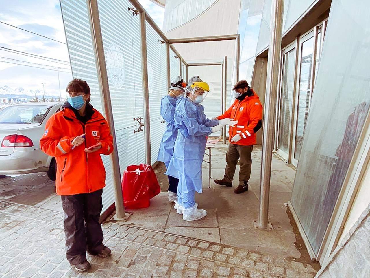 De 203 muestras PCR se confirmaron 24 casos positivos en Río Grande y 18 en Ushuaia
