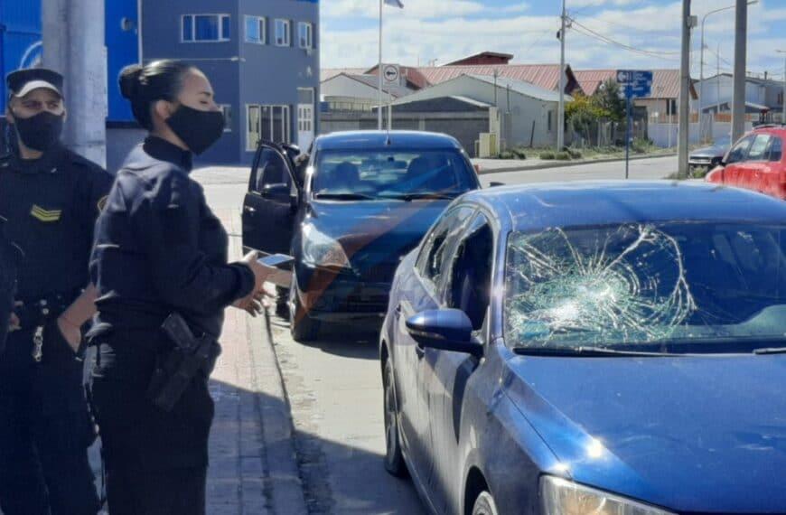 Violento incidente y un detenido tras reiterado acoso de un sujeto hacia el personal de un kiosco