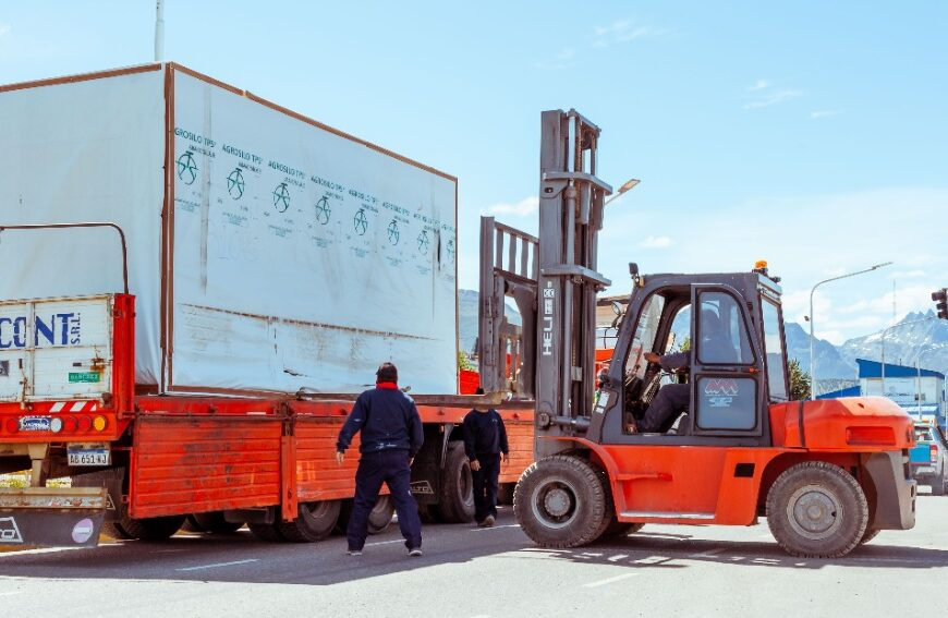 Comienza en Ushuaia el montaje del Centro Modular Sanitario