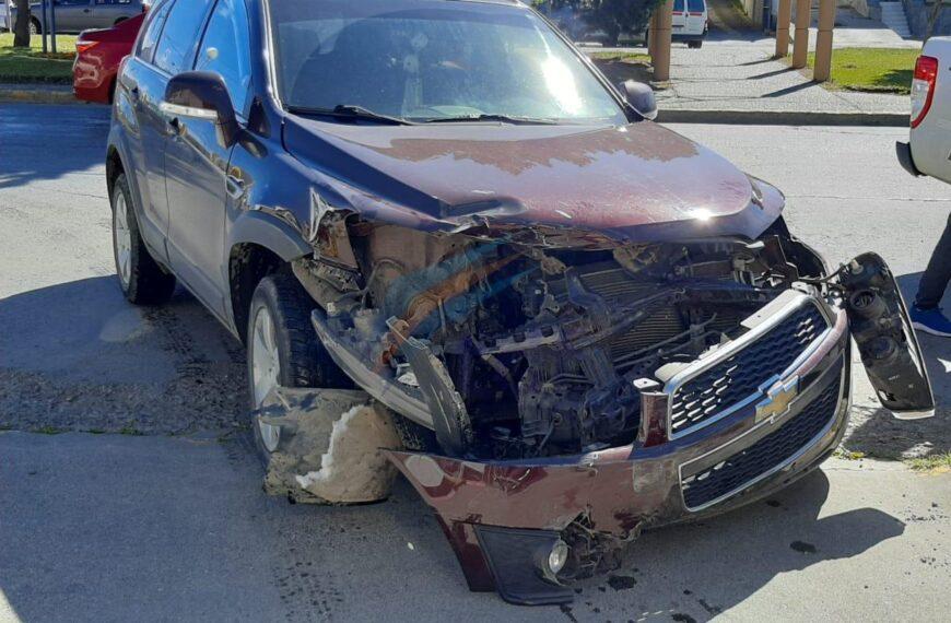 Choque sin heridos en avenida San Martín pero con importantes daños en los vehículos