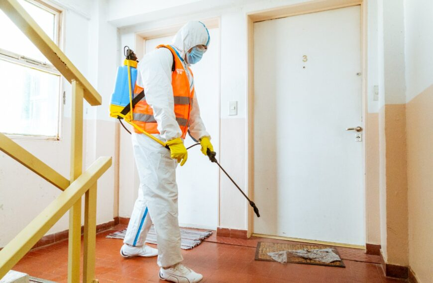 A través del programa Cuidarnos TDF desinfectan espacios comunes en edificios