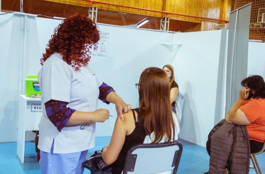 El Ministerio de Salud amplió las patologías consideradas de riesgo para recibir la vacuna contra covid-19 en la provincia