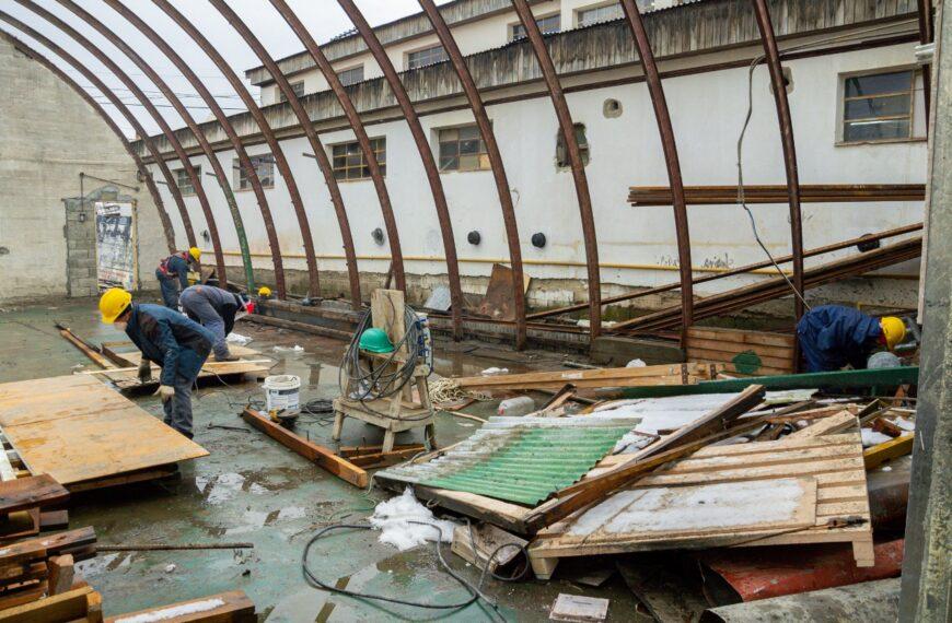 Iniciaron la demolición del lugar en que se construirá el Centro de Rehabilitación de Ushuaia