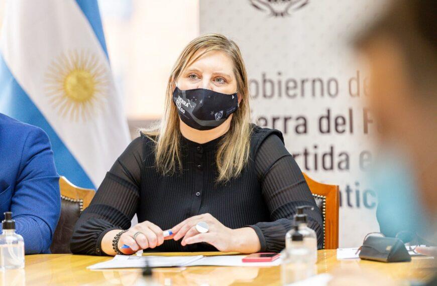 """""""Las nuevas disposiciones nacionales son la salida de la pandemia y hay que celebrarlo con responsabilidad"""""""